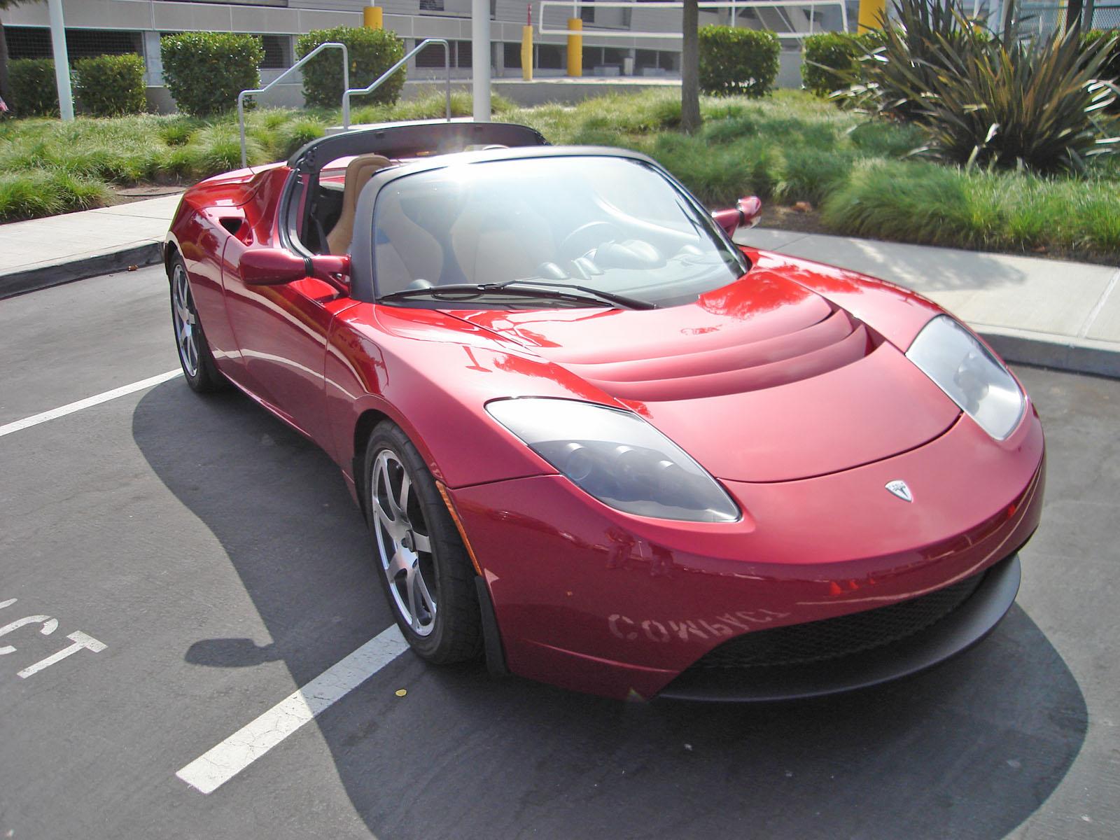 #23. Tesla Roadster Version 1