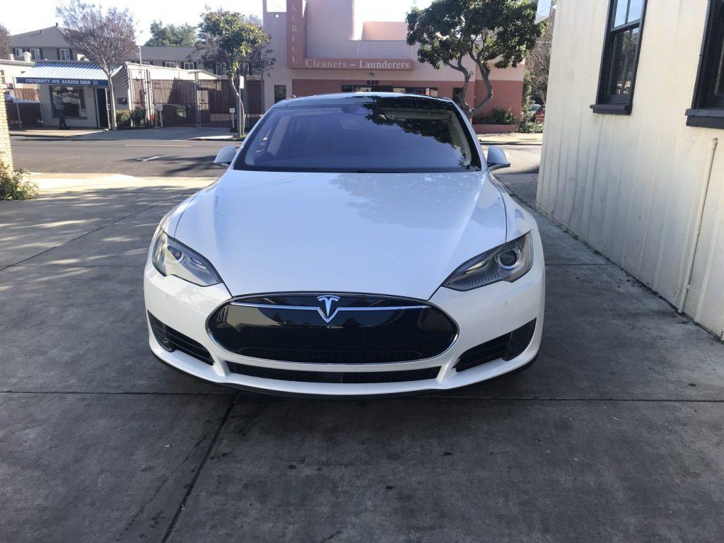 #21. Tesla Model S 70 / 70D