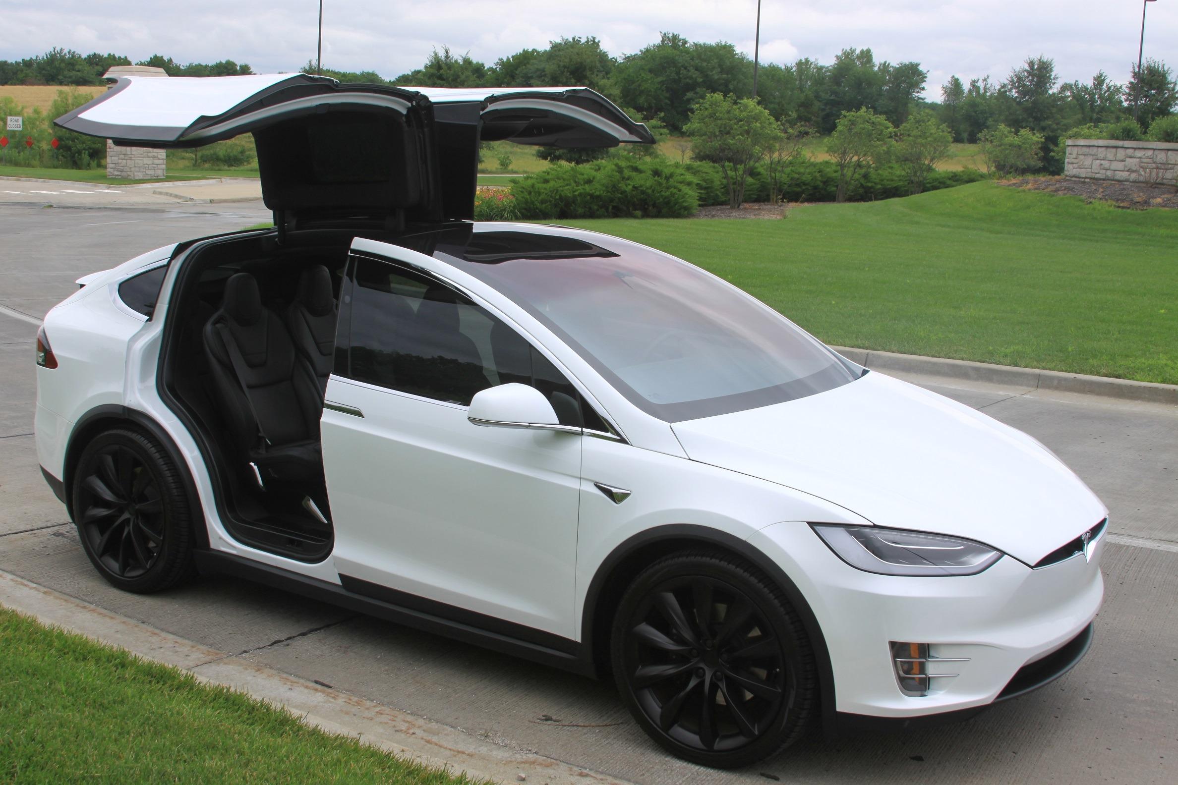 #25. Tesla Model X 60D