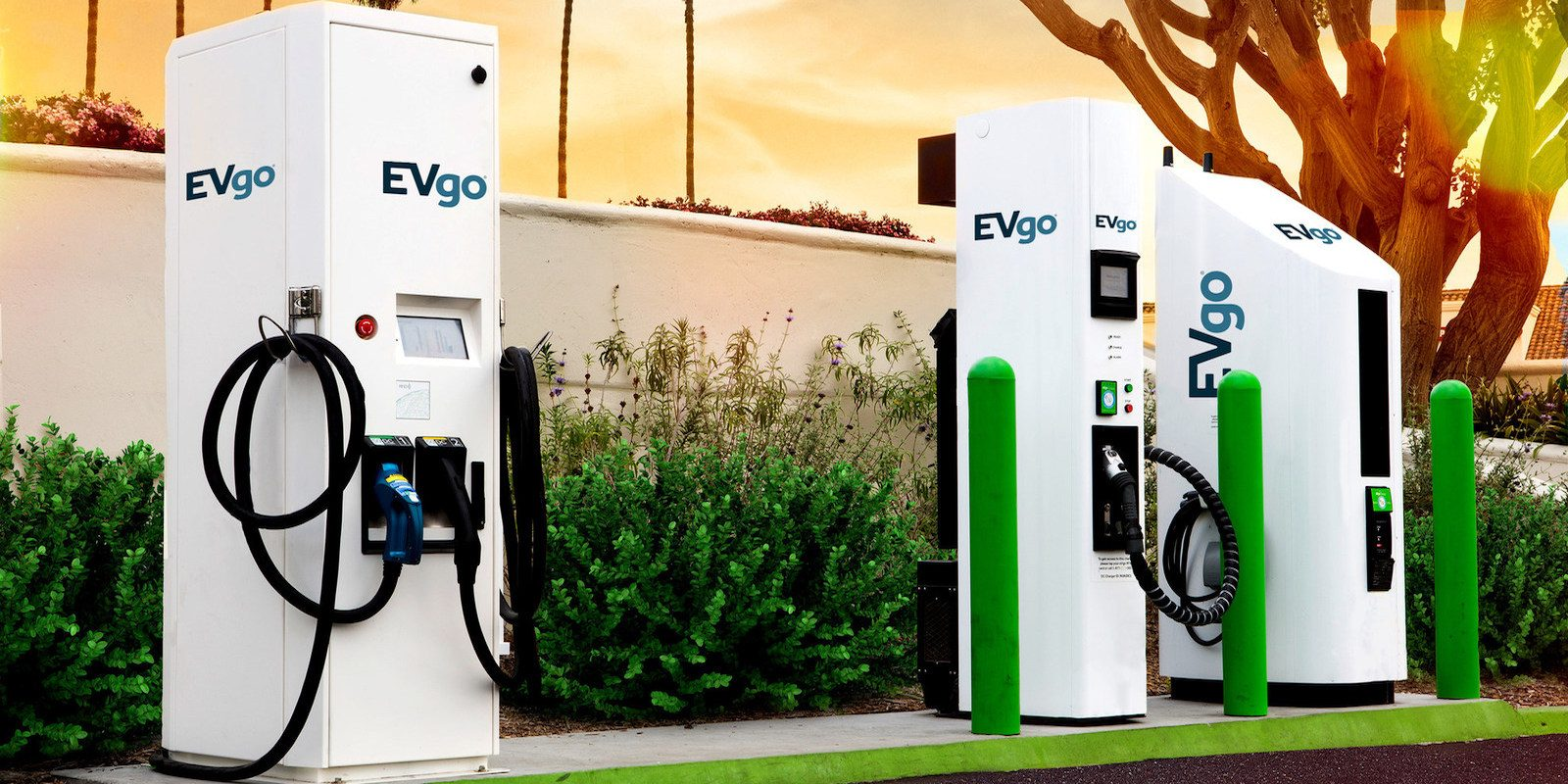 How Much Does It Cost To Charge Electric Car at Charging Station?