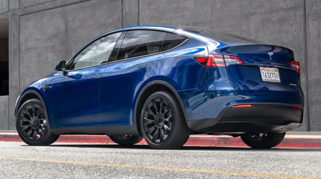 Rent a Tesla Model Y
